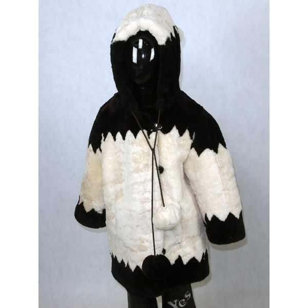 Шуба детская черно-белая из мутона