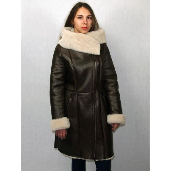 Дубленка женская коричневая обливная с белым мехом модель 120